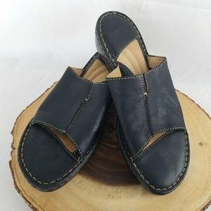 Born black slides slight wedge heel 10
